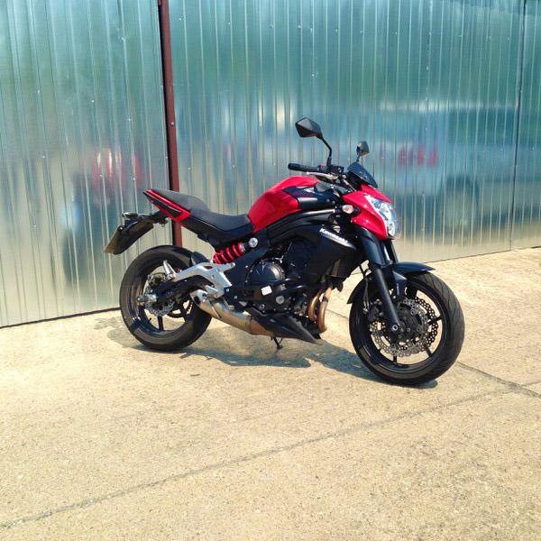 Kawasaki ER6 n